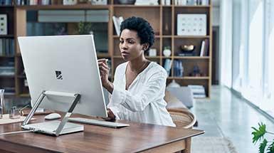 Surface_Studio_Overview_8_ContentPlacementPanel_4_V17